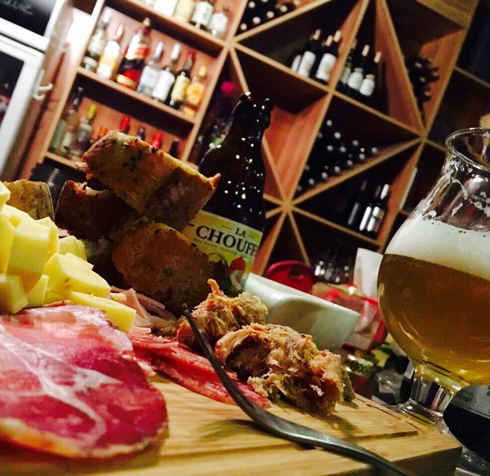 la-cave-cold-cut-cheese-meat-platter