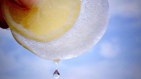 Ice + lemon + sunshine👌🍋🌞@combchan