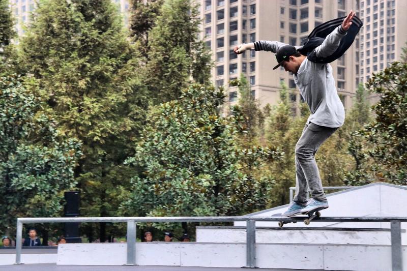 FunAndBike-FISE-WORLD-CHENGDU-Skateboard-01